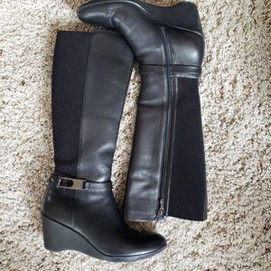 Blondo Black wedge boot 8